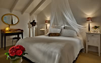 Dormer honeymoon suite